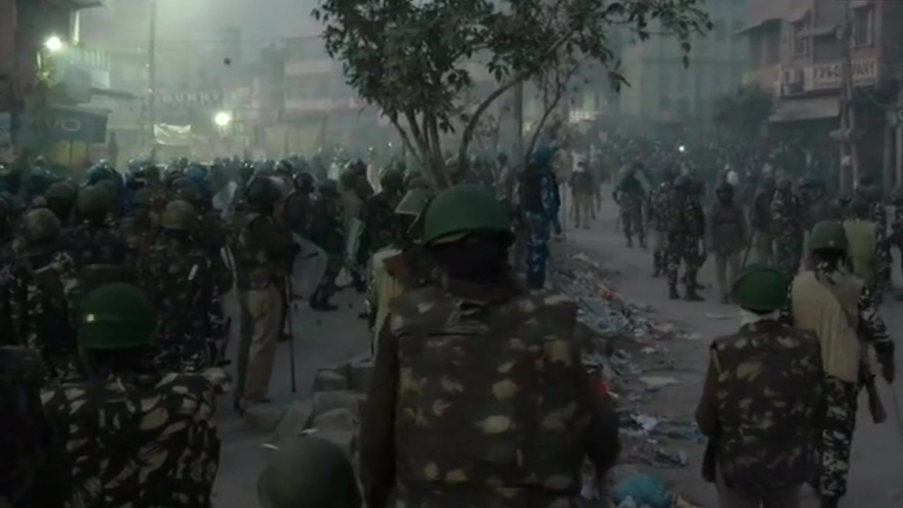 Delhi Violence: Police unable to control situation, army should be called in: Kejriwal