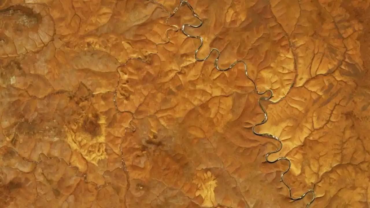 NASA shares images of odd landscape near Markha River in Siberia leaving scientists puzzled - DNA India