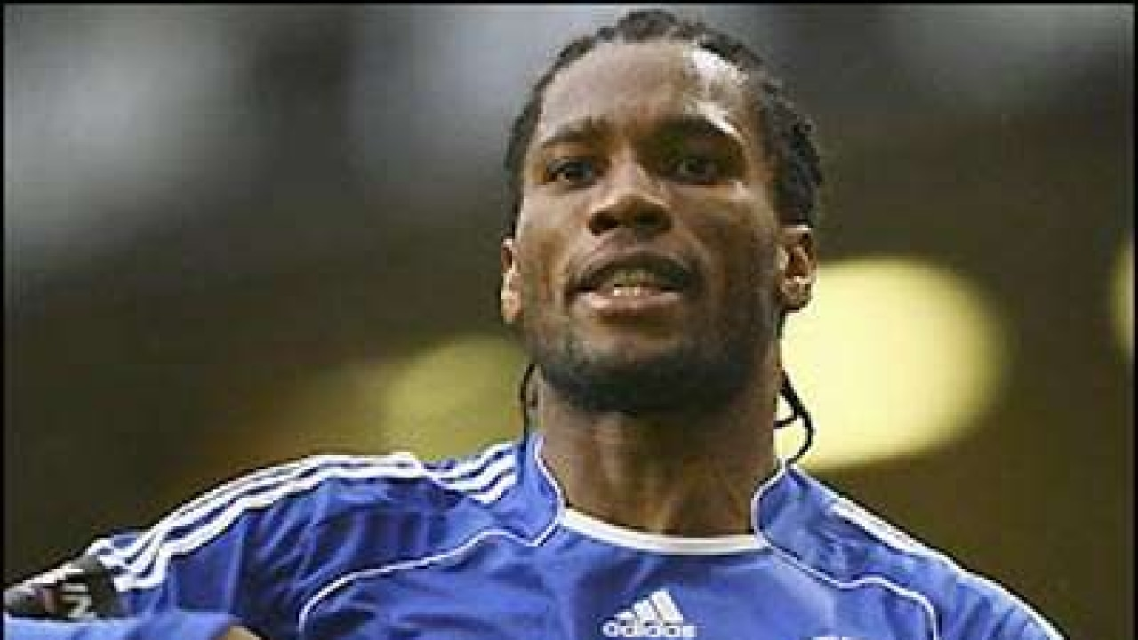 Drogba challenges Rooney to finish off as Premier League's top scorer
