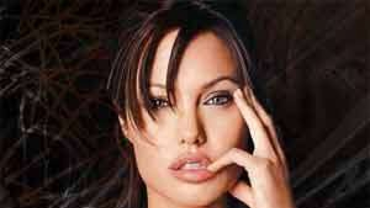 Jolie will play the role of Cleopatra 12.06.2010 87