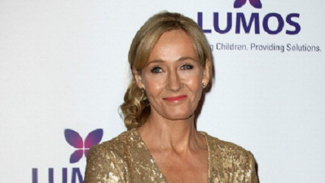 JK Rowling promises new 'Harry Potter' stories for Christmas