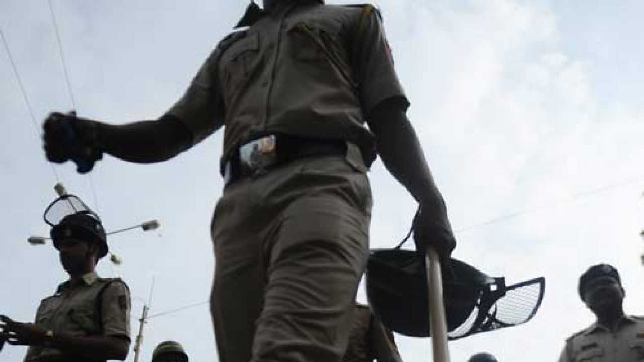 Jharkhand constables caught in redlight area raid by West Bengal police
