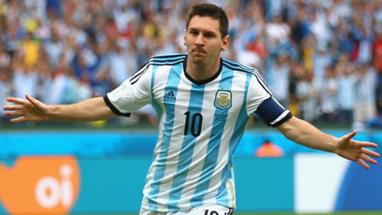 Football Lionel Messi Stuns Fans By Showing Off New Sleeve