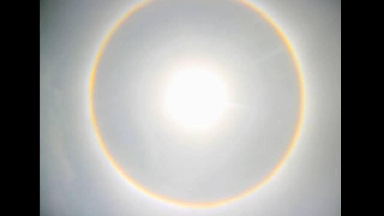 'Mysterious' rainbow halo seen around the sun in Kolkata ...