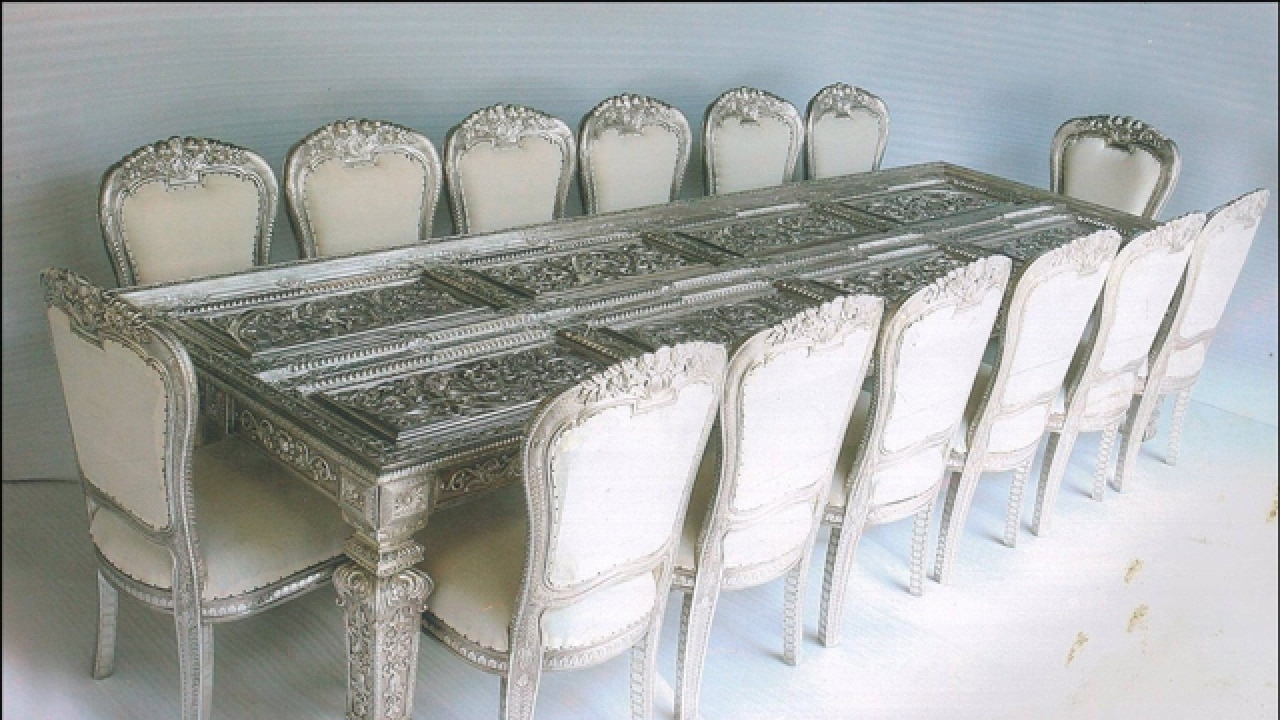 How To Pick Your Luxury Dining Room Furniture