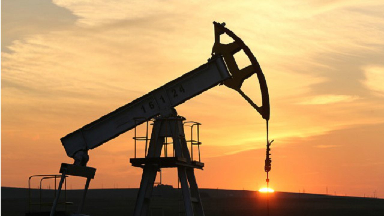 Iran refusal to freeze oil production levels saves India