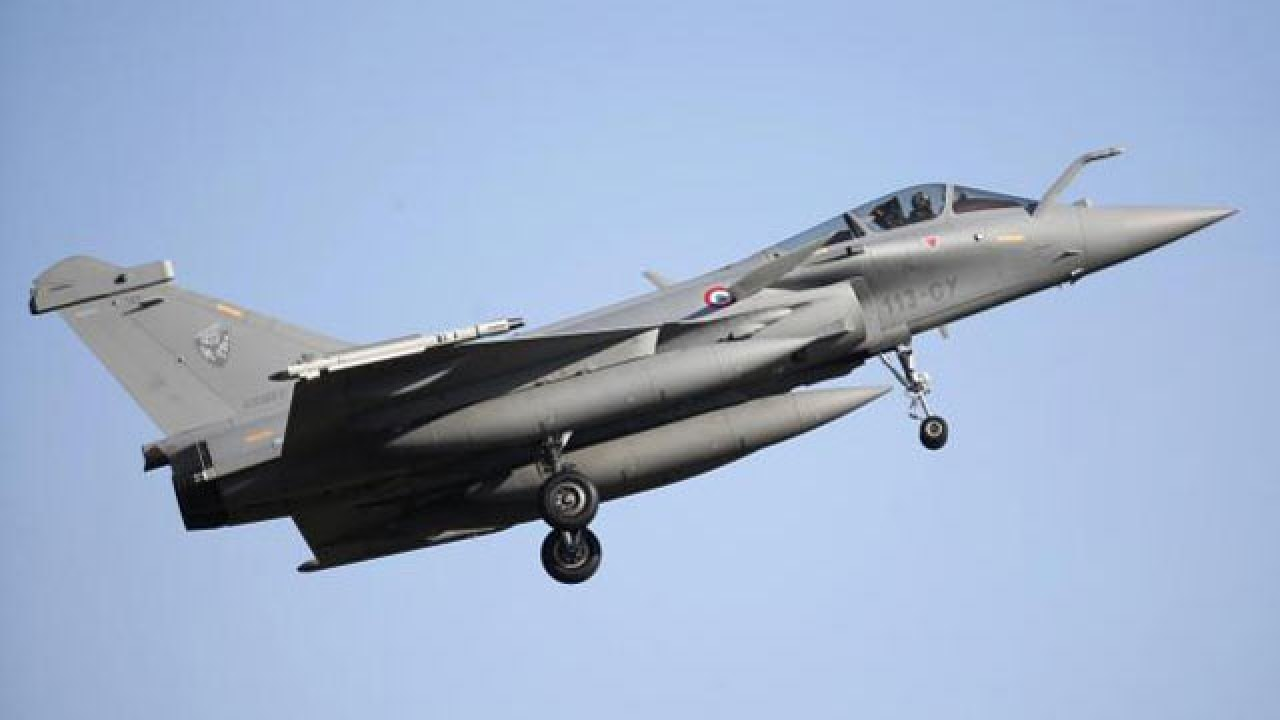 French Defence Minister to arrive in Delhi tonight, Rafale