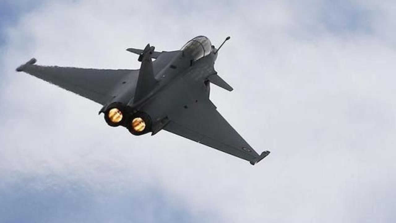 Reliance in Rafale deal?