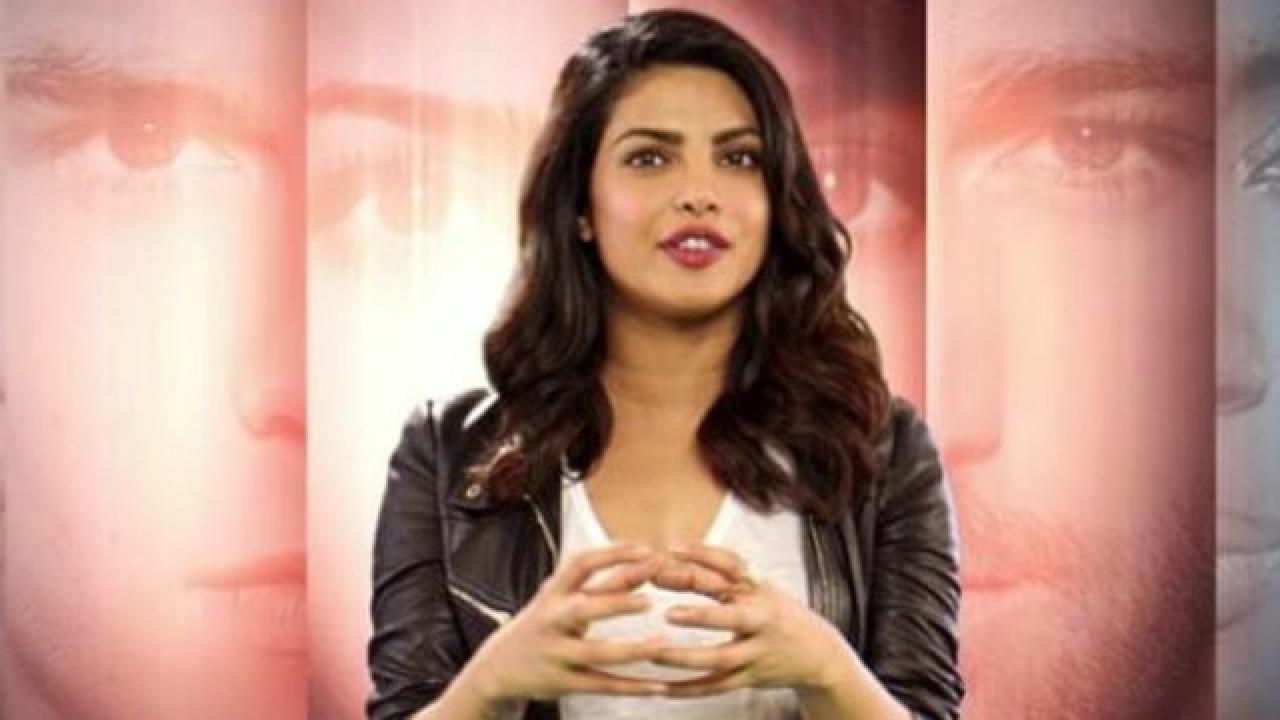 Priyanka Chopra Hopes For Deepika Padukone  Sonam Kapoor -2782