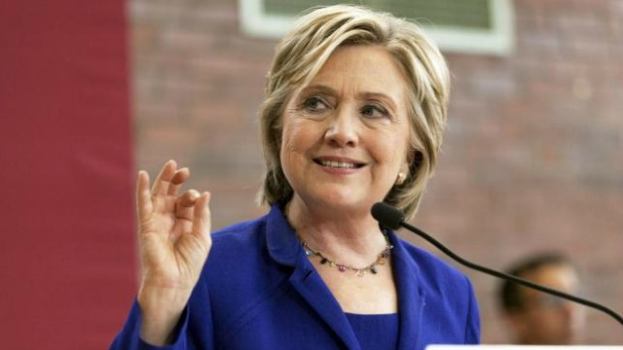 Topless Hillary Clinton nudes (76 foto and video), Topless, Leaked, Feet, braless 2018