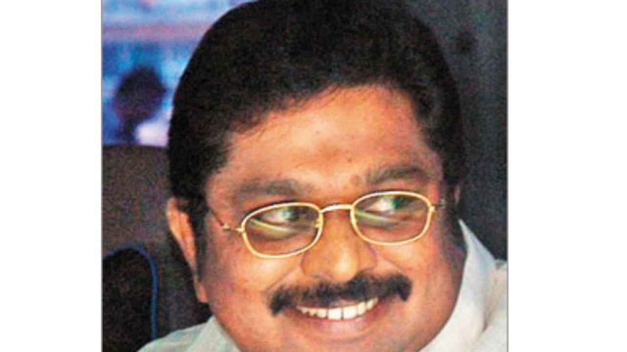 EC rejects AIADMK reply on Sasikala elevation as Dinakaran ...