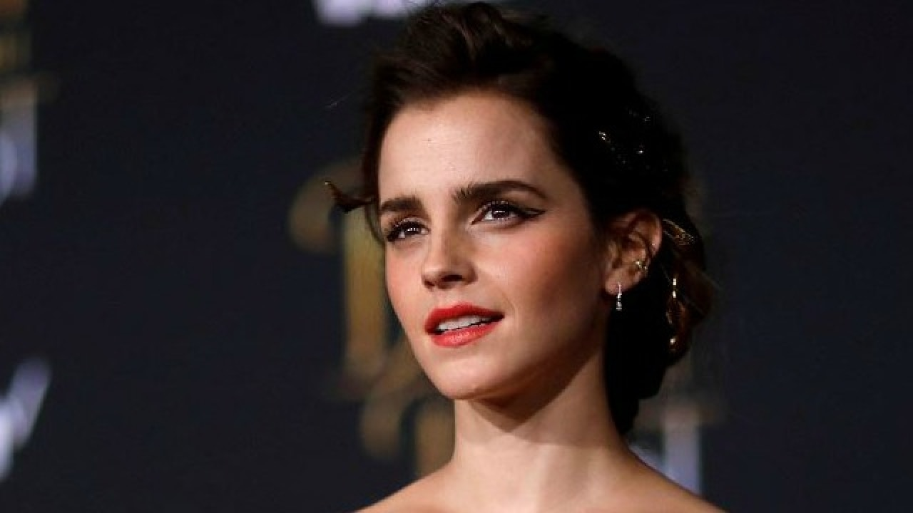 Topless Emma Watson naked (14 foto and video), Pussy, Leaked, Instagram, underwear 2015