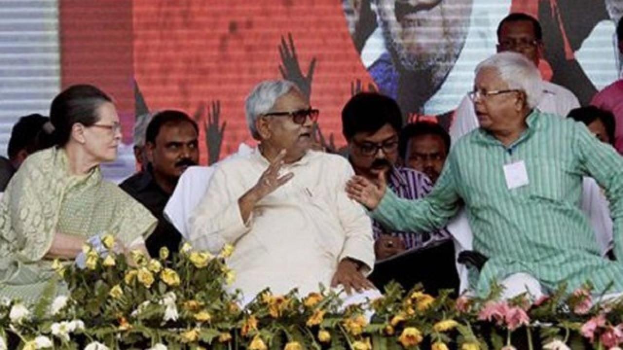 Presidential election 2017: Nitish Kumar meets Sonia Gandhi, calls ...