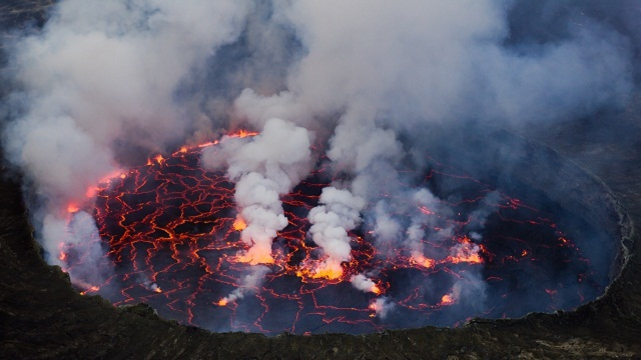 How world's biggest volcanoes formed unveiled