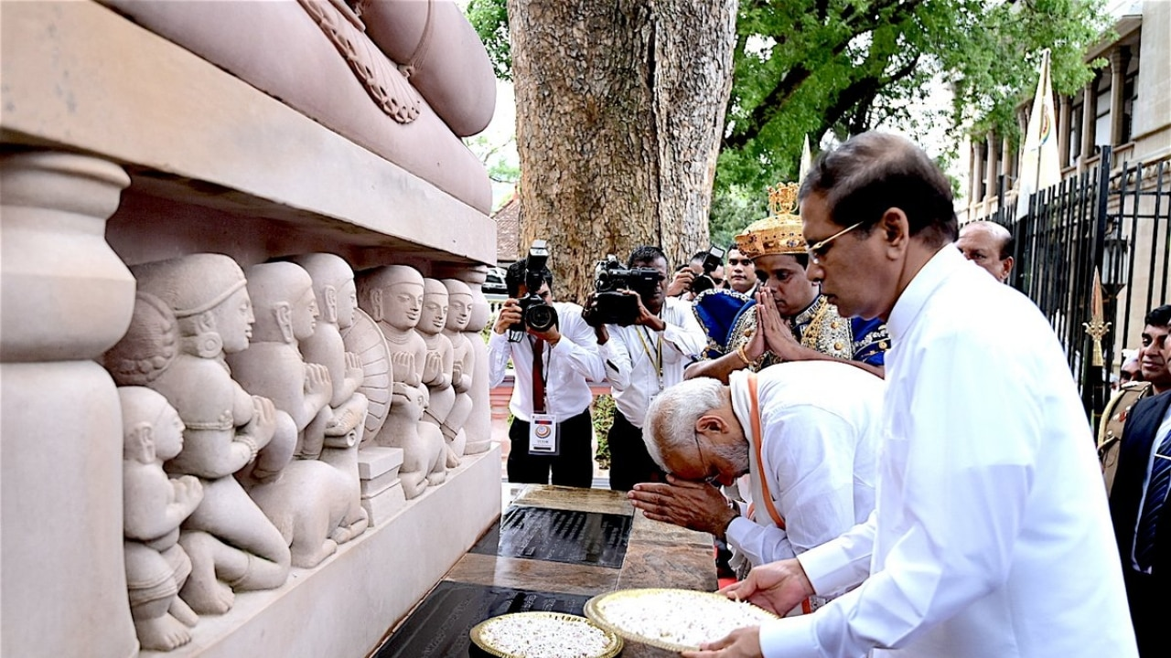 In Pics: PM Modi visits Temple of Sacred Tooth Relic in Kandy before