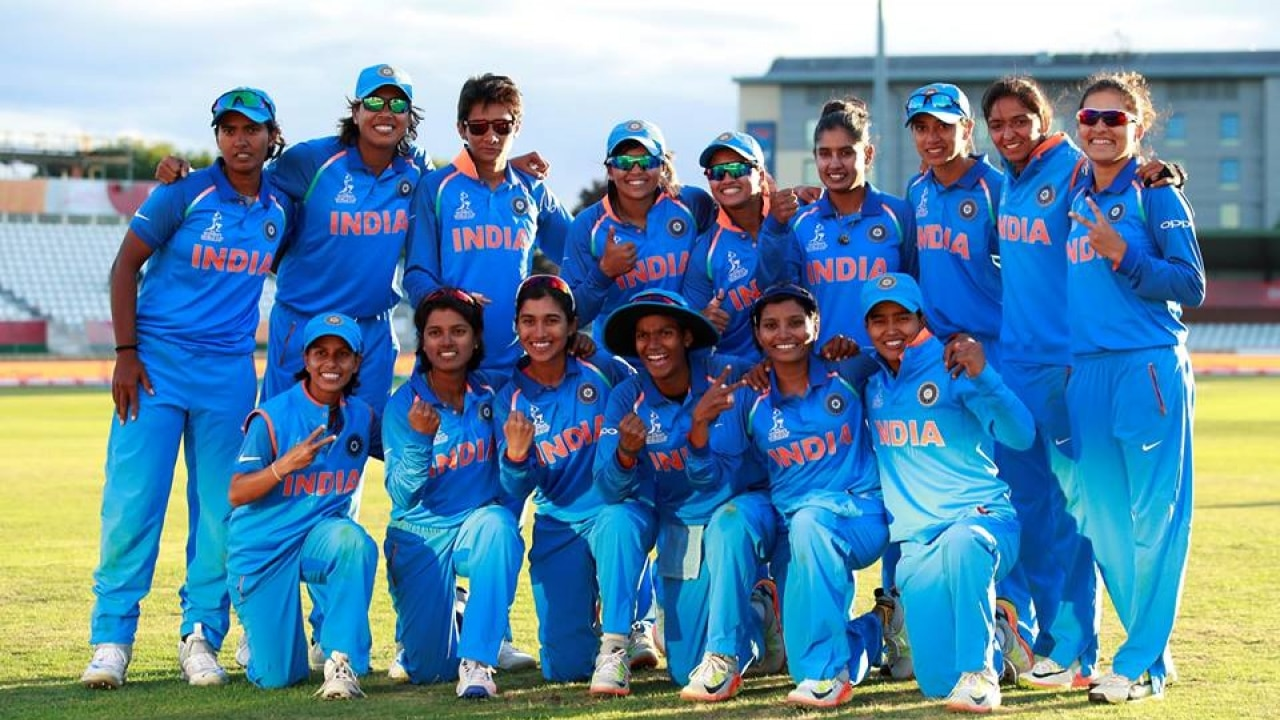 Watch Indian Womens Cricket Team Gets A Grand Welcome At Home