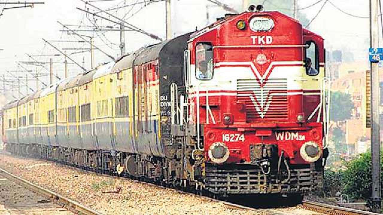 chennai mumbai train engine travels 13 km without loco pilot until