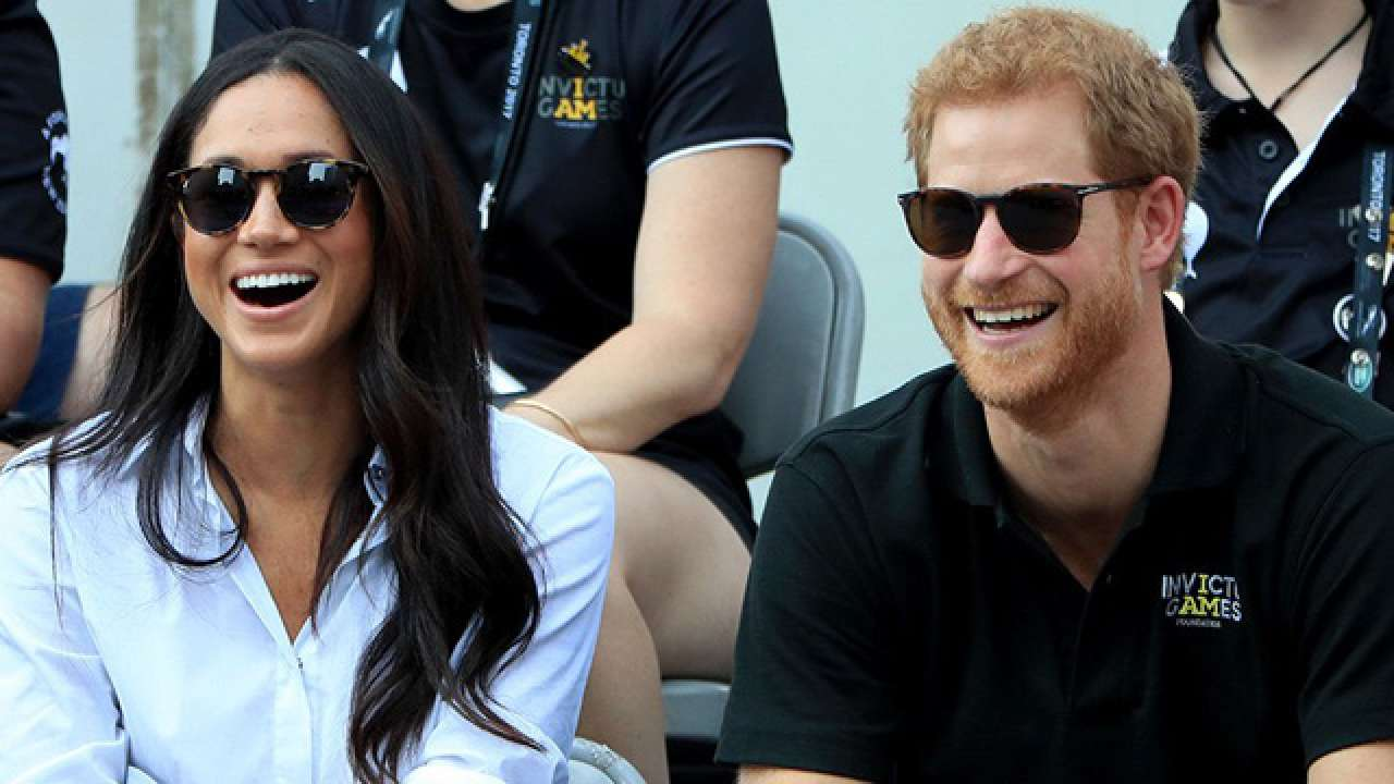 10++ Meghan Markle Prince Harry Engagement Photos