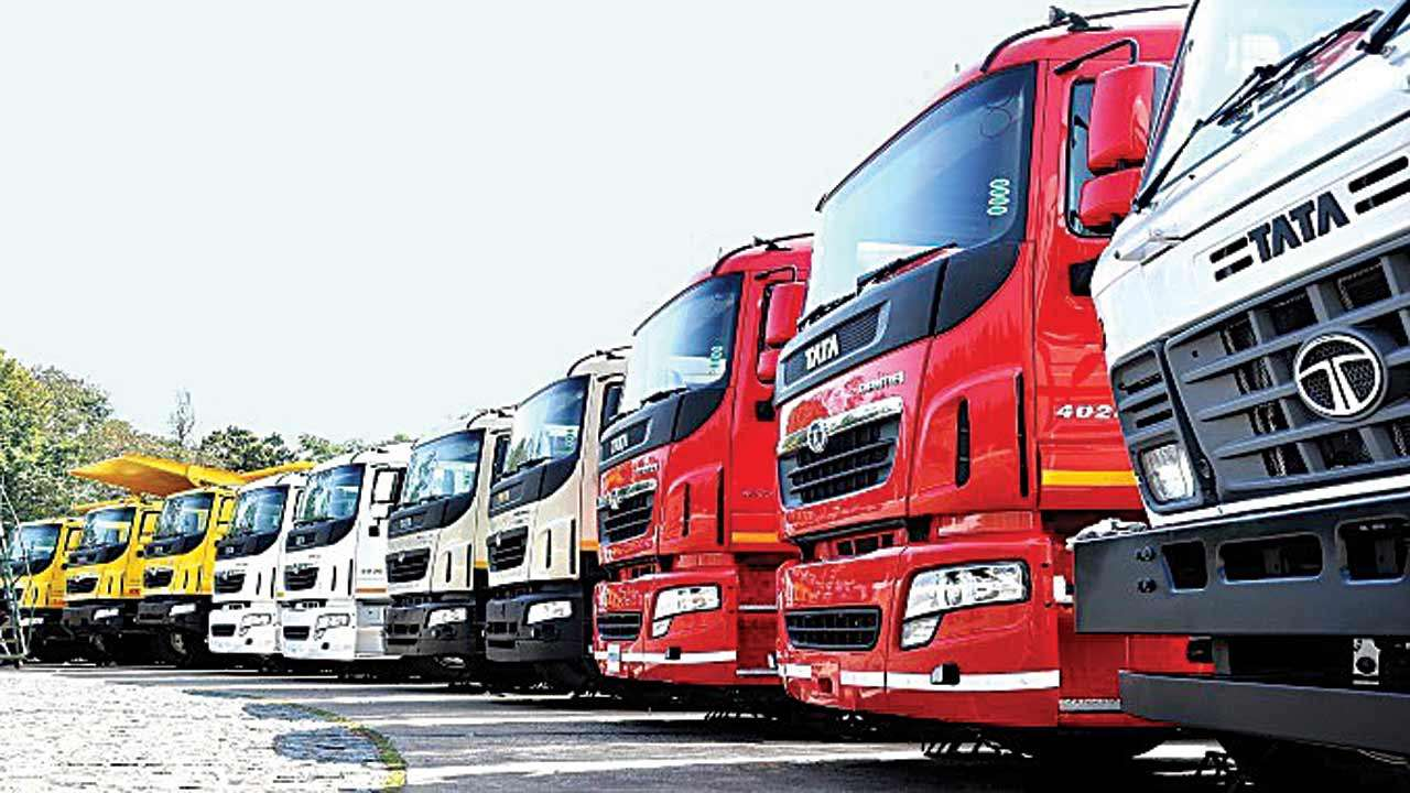 fd57e9679a CV sales zip in double digits in December as economy grows