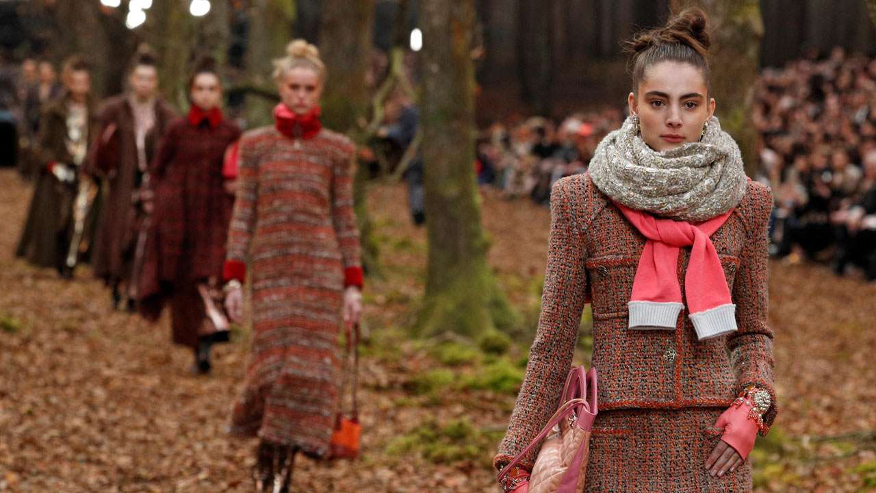 Karl Lagerfeld S Models Walk Through Wintry Woods For Chanel Fall