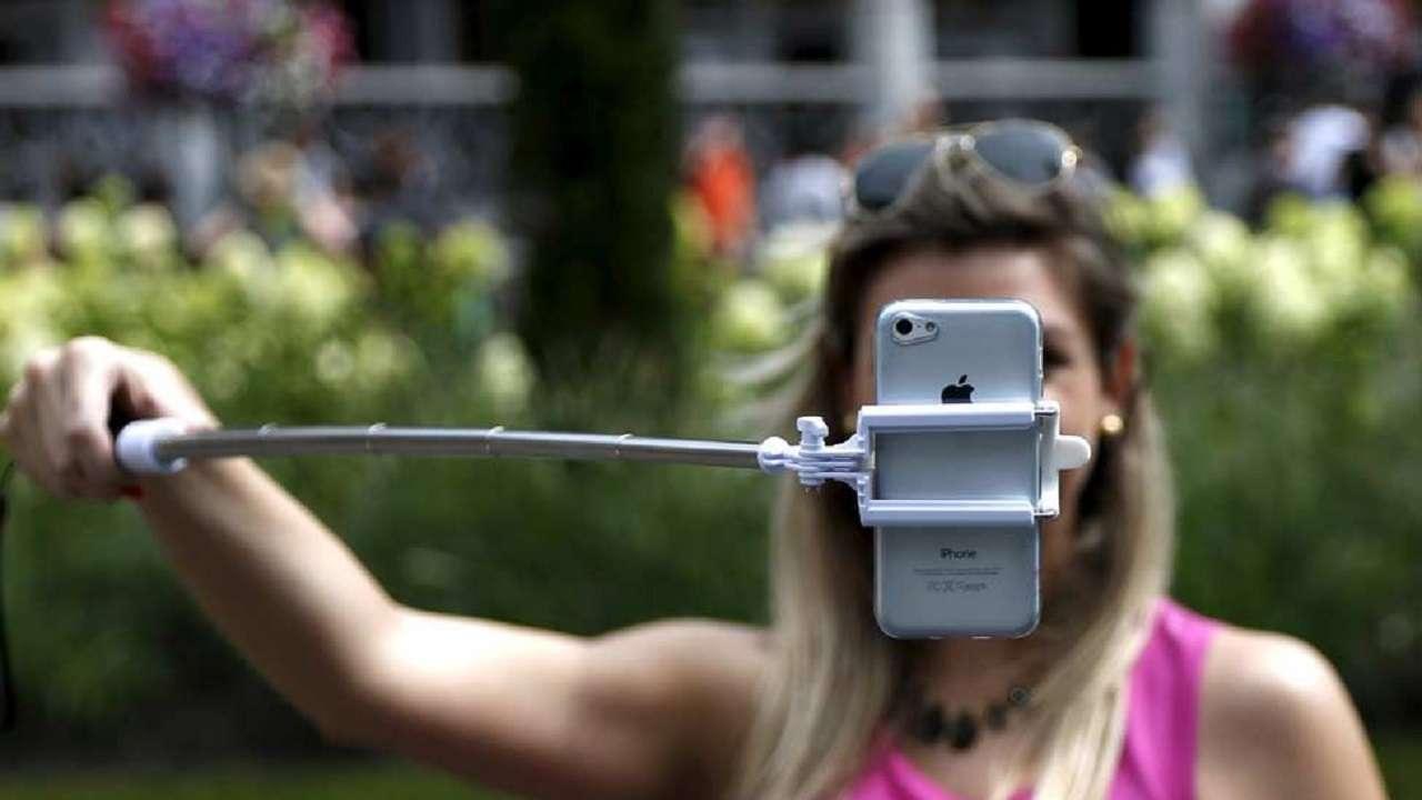 659133-selfie-reuters