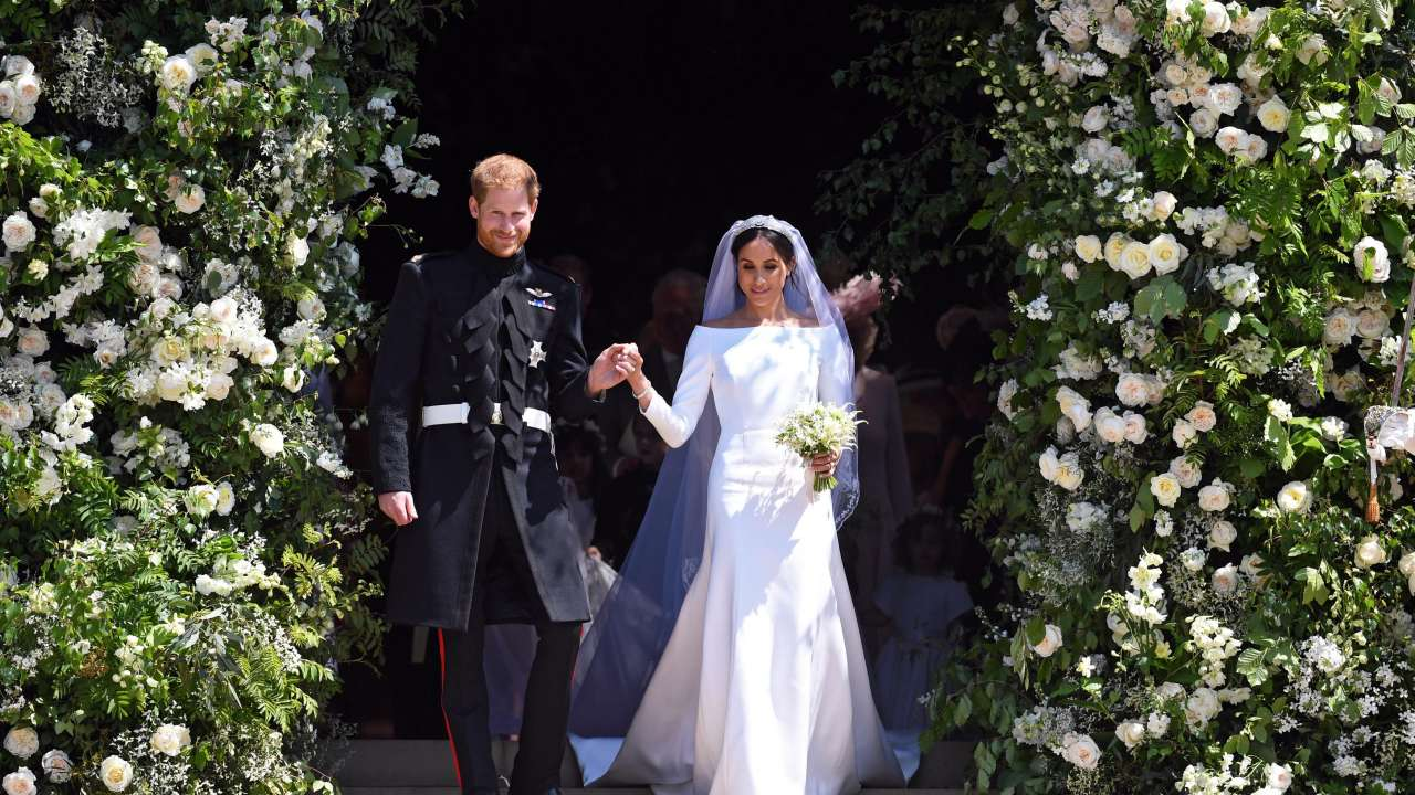Royal Wedding Dress Meghan Markle.Did You Know Meghan Markle S Givenchy Royal Wedding Dress Has An
