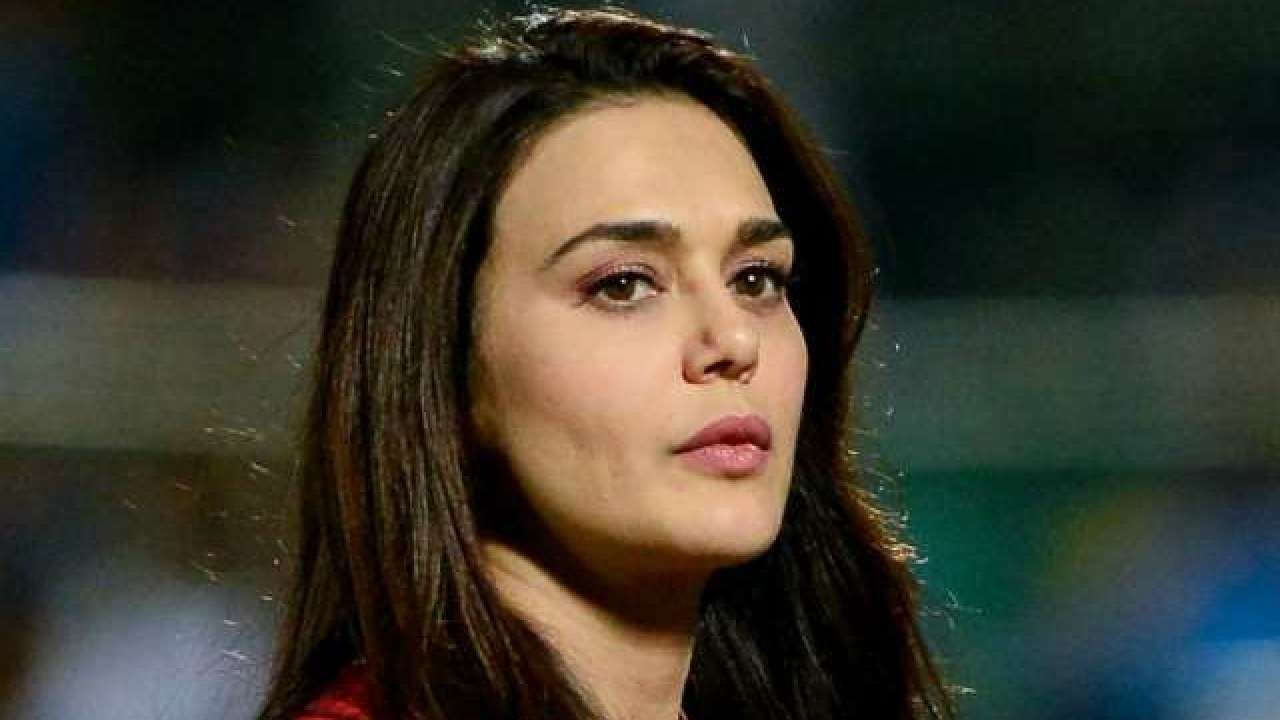 Naked Picture Of Preity Zinta