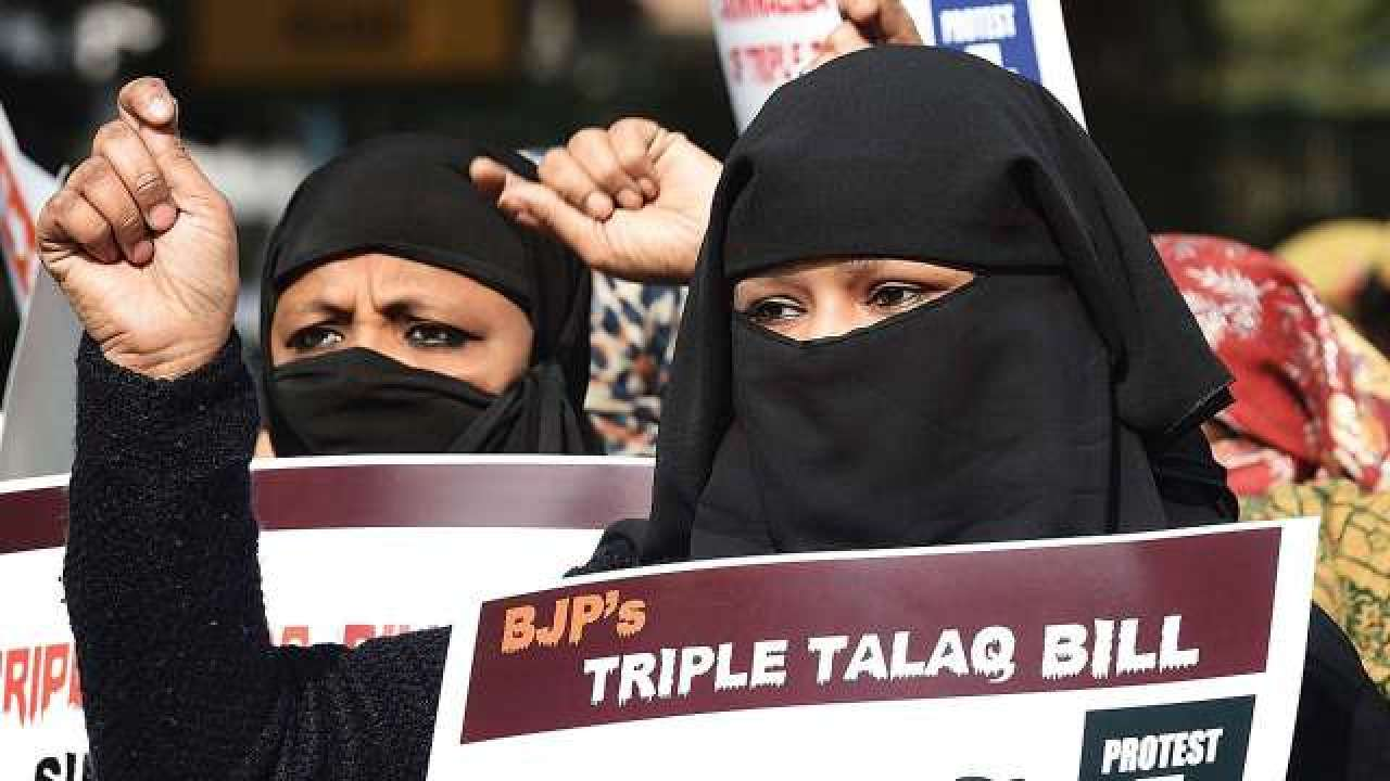 Sonia Gandhi says Congress' stand on Triple Talaq is clear ...