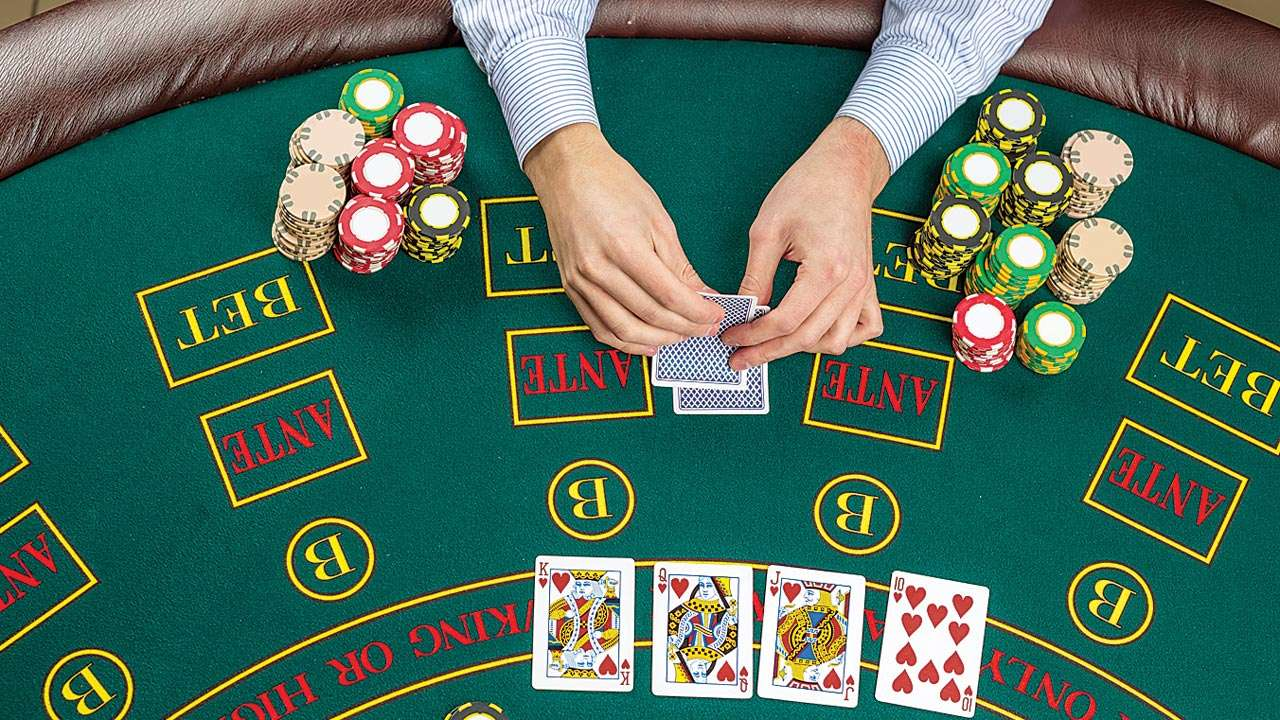 Mumbai: 'Traditional Monday' gambling in five-star hotel