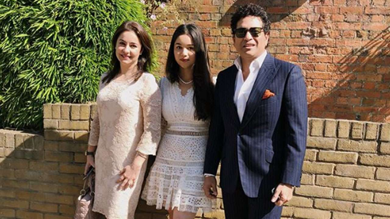 Image result for sara tendulkar graduation day london