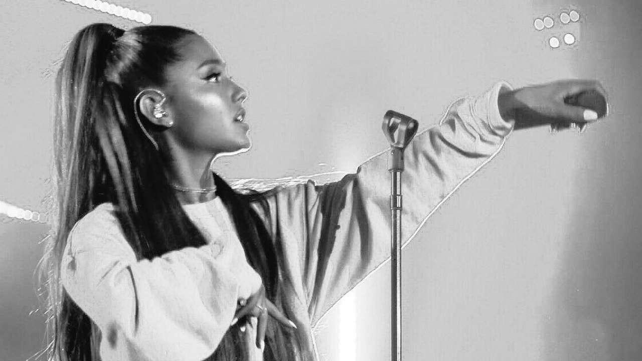 Shocking: Trolls attack Ariana Grande, blame her for death of ex