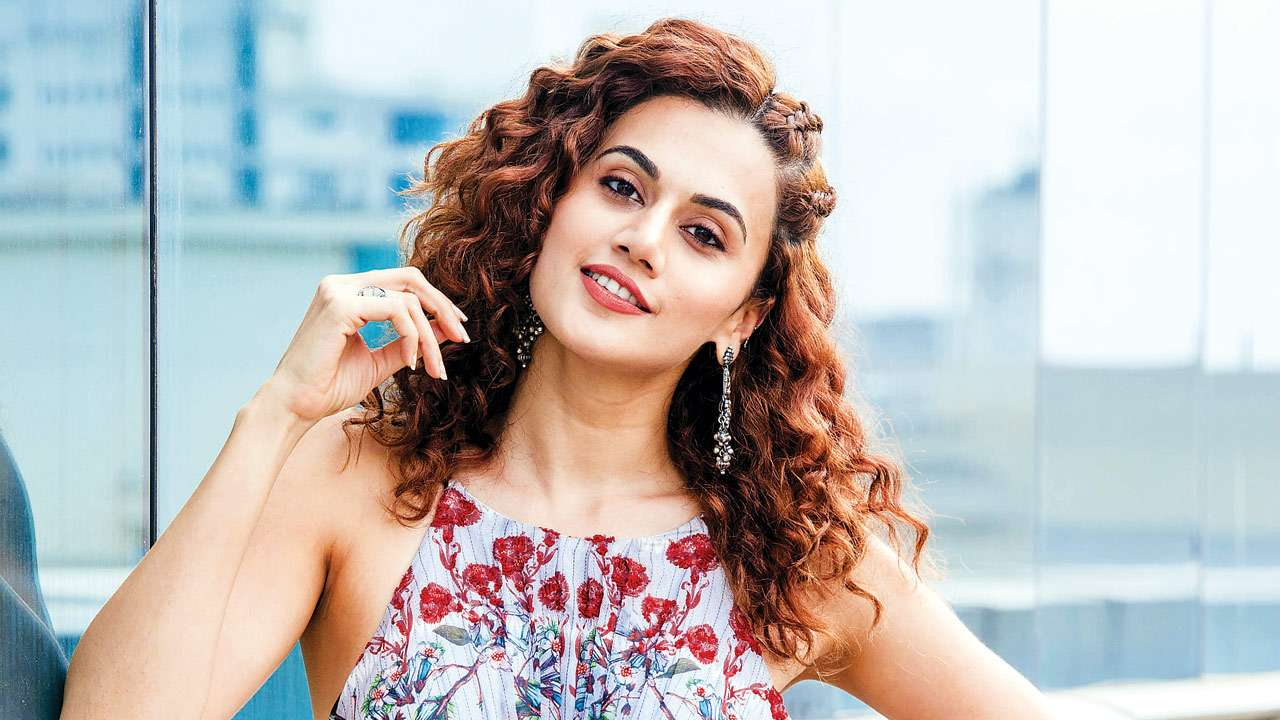 Pictures Taapsee Pannu naked (13 foto and video), Topless, Sideboobs, Feet, butt 2006