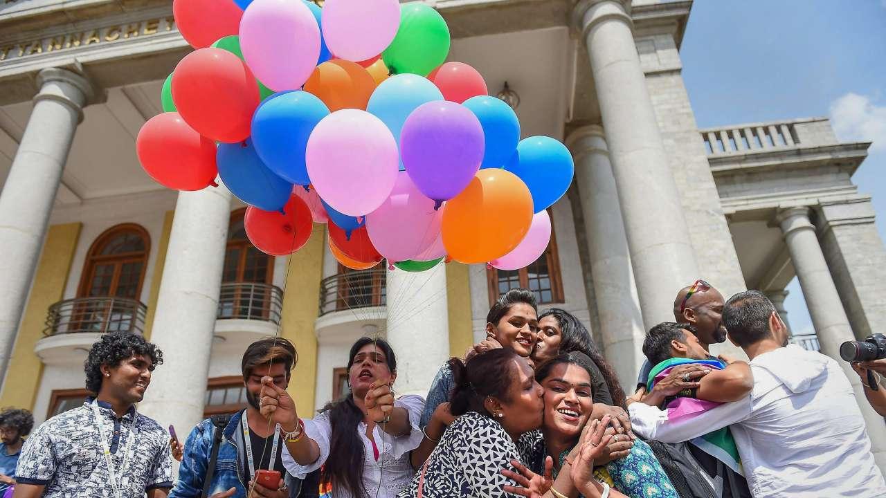 Indien Gay public sexe