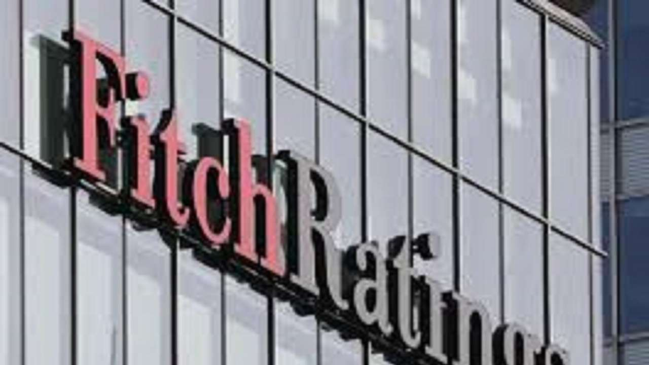 Fitch Lowers India Growth Forecast To 7 2 For This Fiscal Predicts Ru At 75 By 2019 End