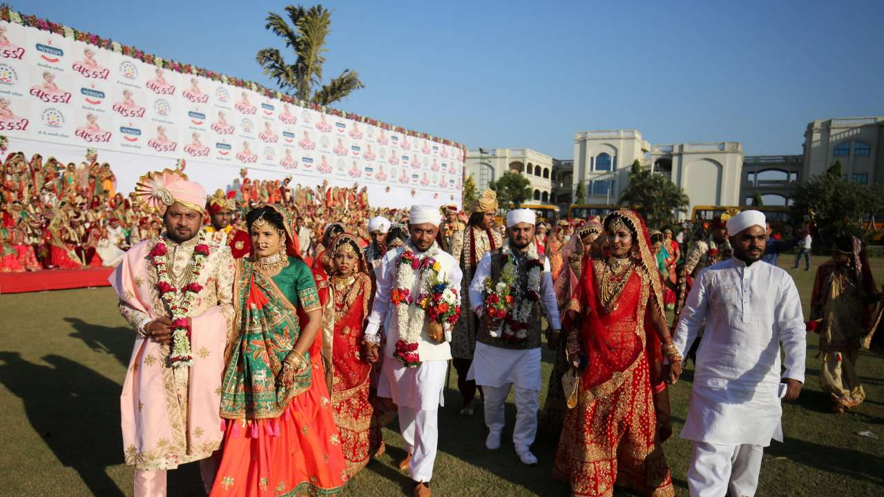 In Pics: Surat businessman helps 261 couples get married at