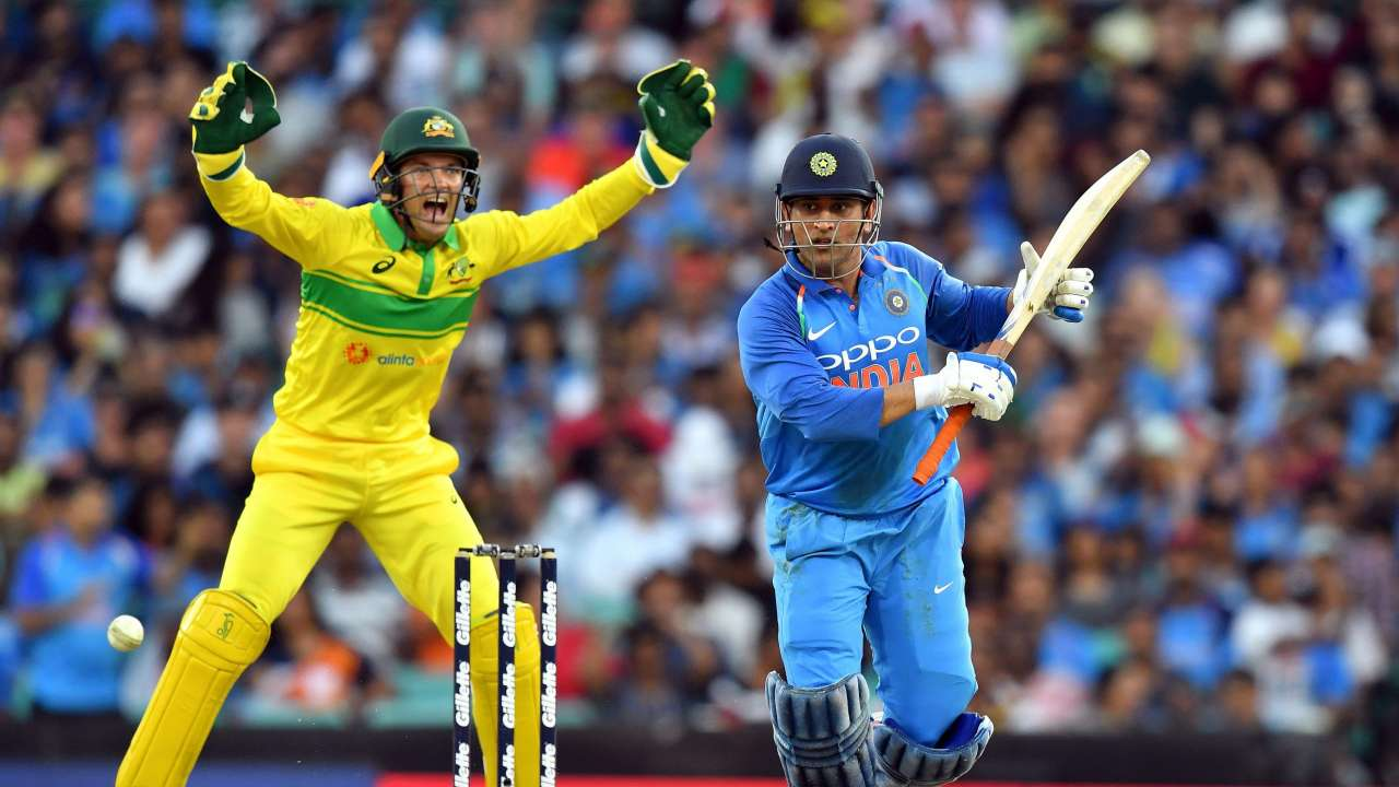 IND VS AUS: Dhoni is lacking for Team India, the legendary player said a big thing