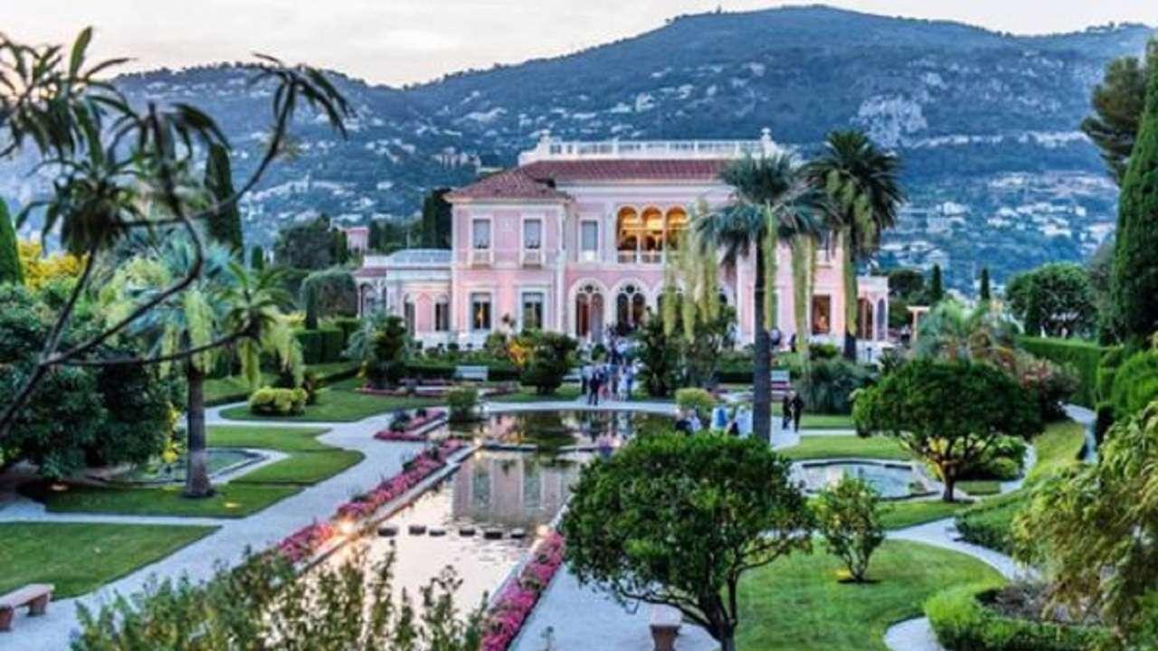 Villa Les Cèdres : mukesh ambani 39 s antilia 2nd most expensive home after buckingham palace here are world 39 s 5 ~ Watch28wear.com Haus und Dekorationen