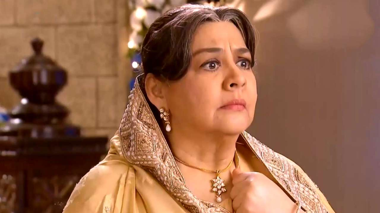 Watch Farida Jalal video