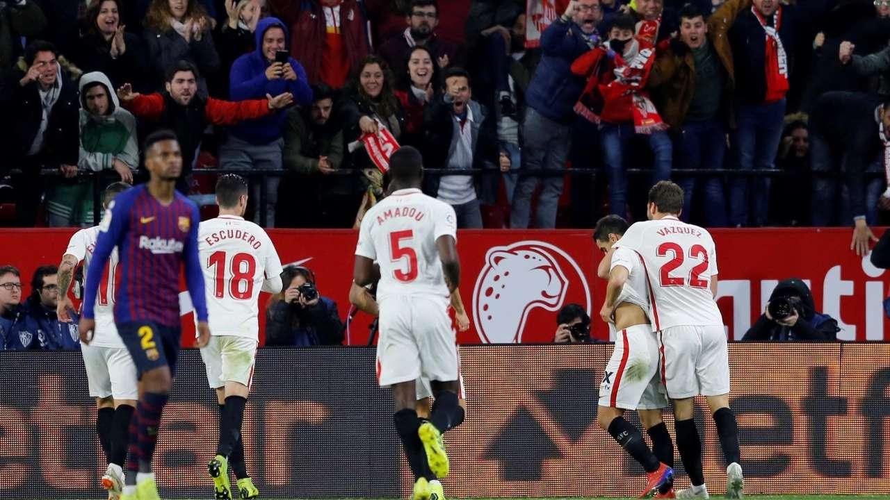 Copa Del Rey Sevilla Stun Holders Barca 2 0 In Quarter Final First Leg