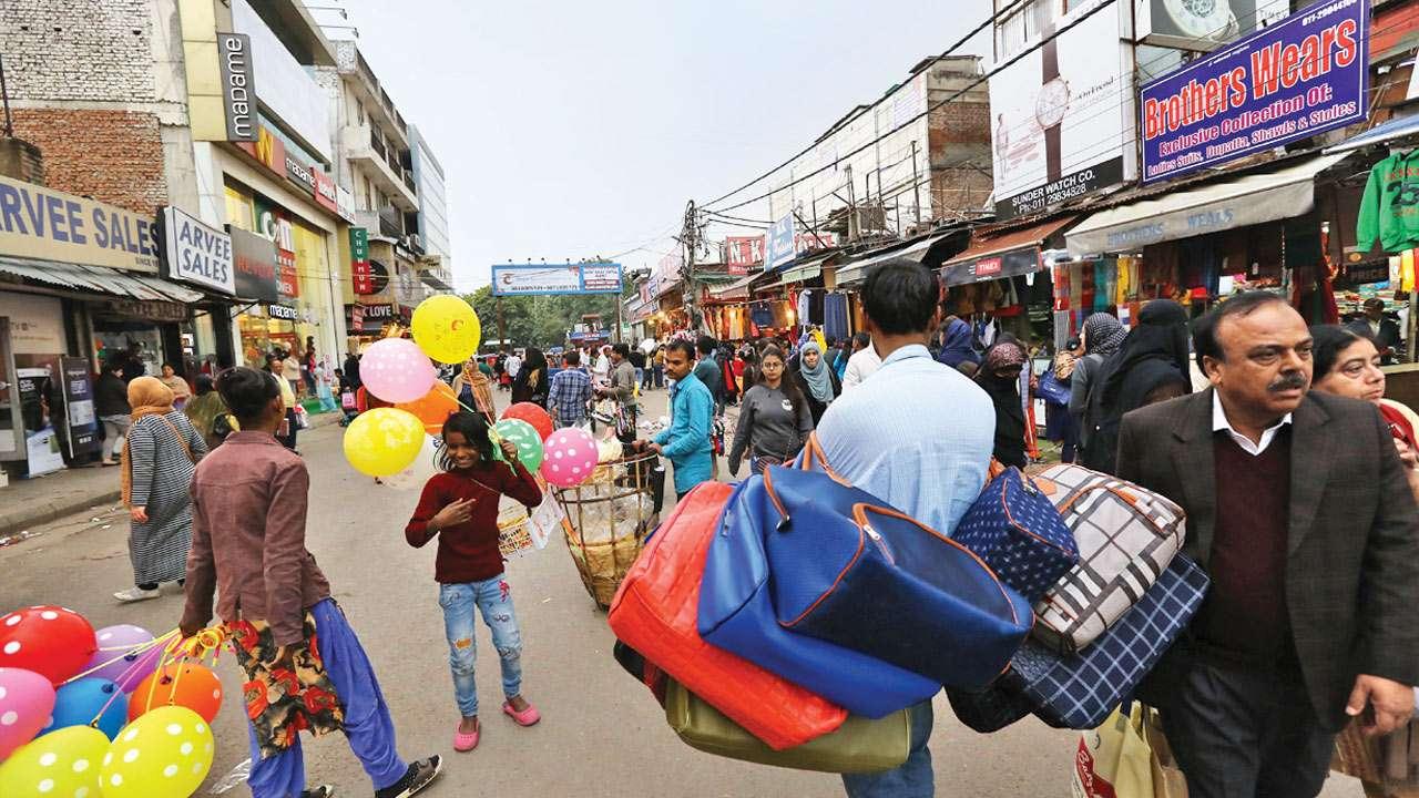 Walk through Delhi's Lajpat Market is a nightmare