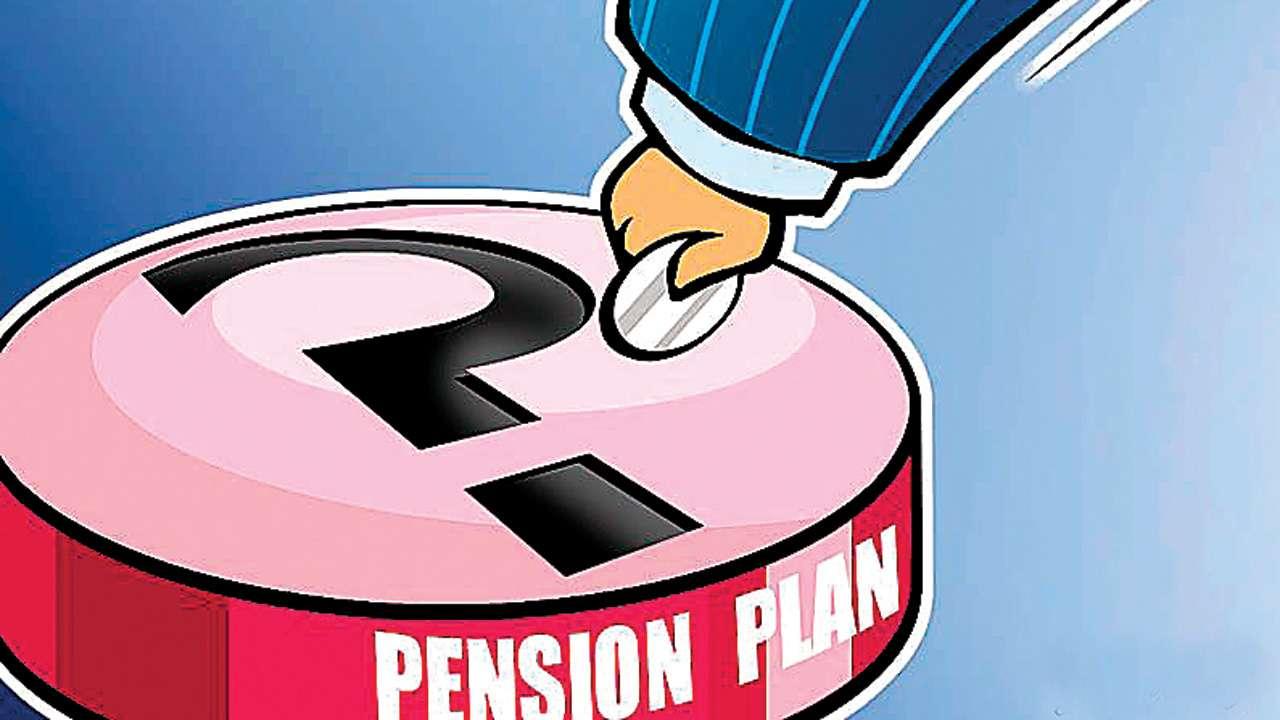 Gujarat: FMCG distributors demand pension