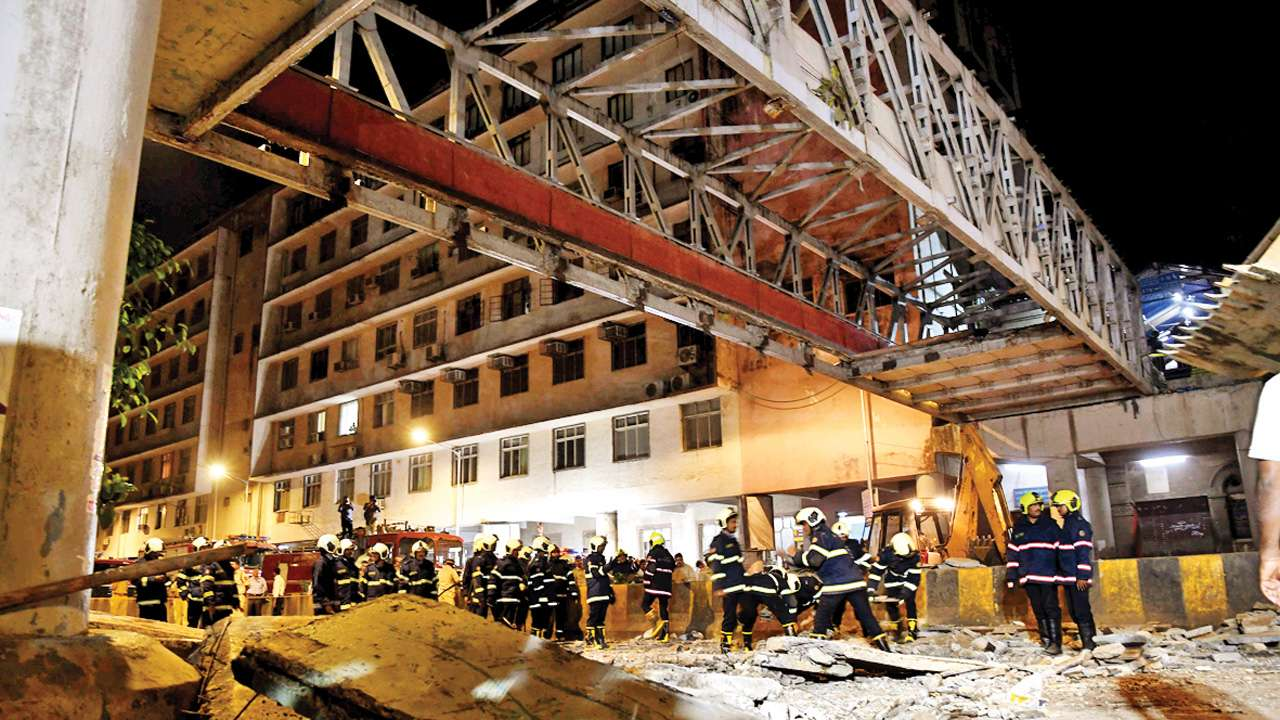 Bridge collapse probably an act of God: Auditor's lawyer tells court