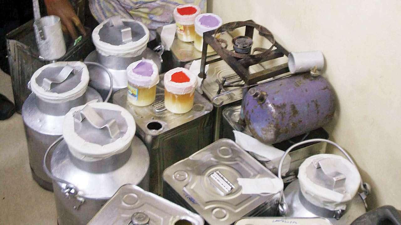 Ahmedabad: Sleuths bust fake ghee-making racket