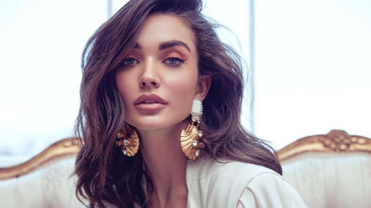 Amy Jackson Flaunts Baby Bump While Announcing Her
