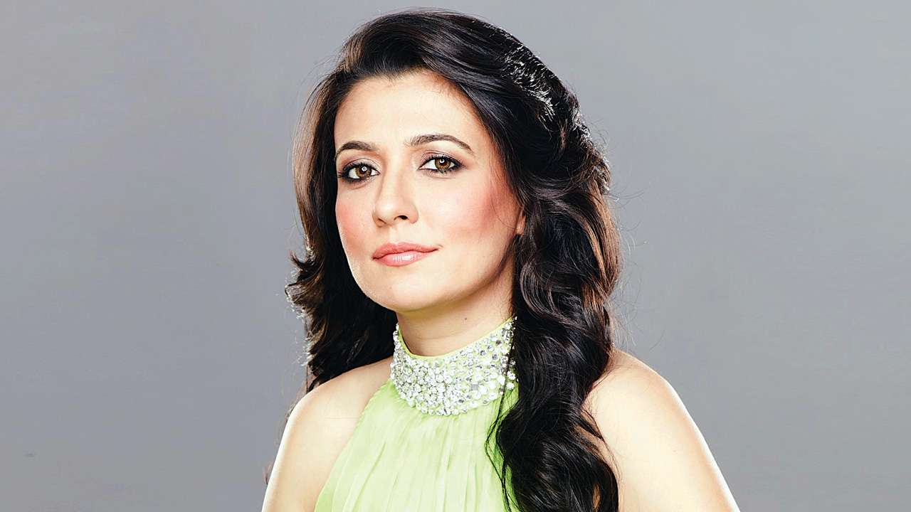 'Hosting is a highly underrated job': Mini Mathur on helming a quiz show