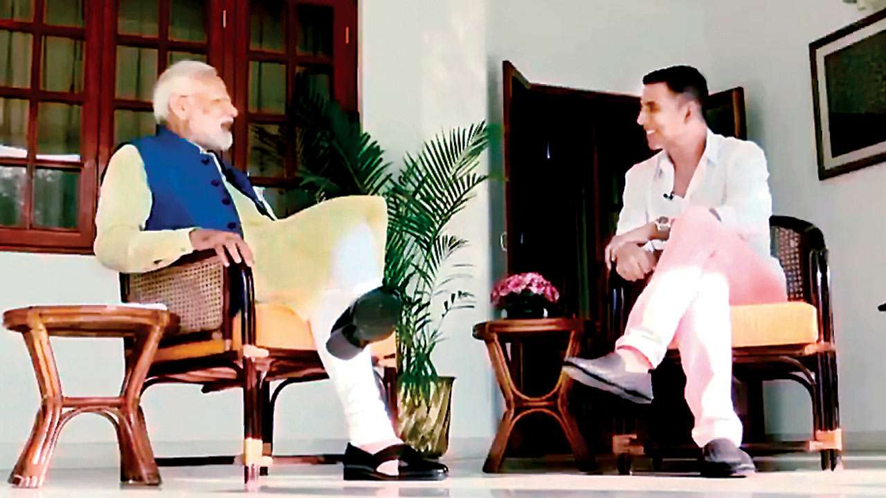 PM Narendra Modi, Akshay Kumar have a field day, Opposition calls it a stunt