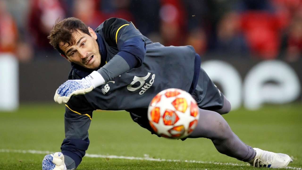 Former Real Madrid goalkeeper Iker Casillas suffers heart attack ...