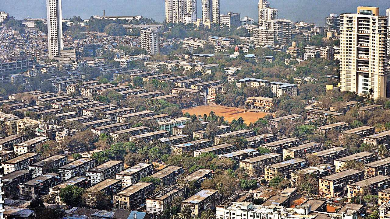 Over 256 residents of BDD chawl sign pact with MHADA