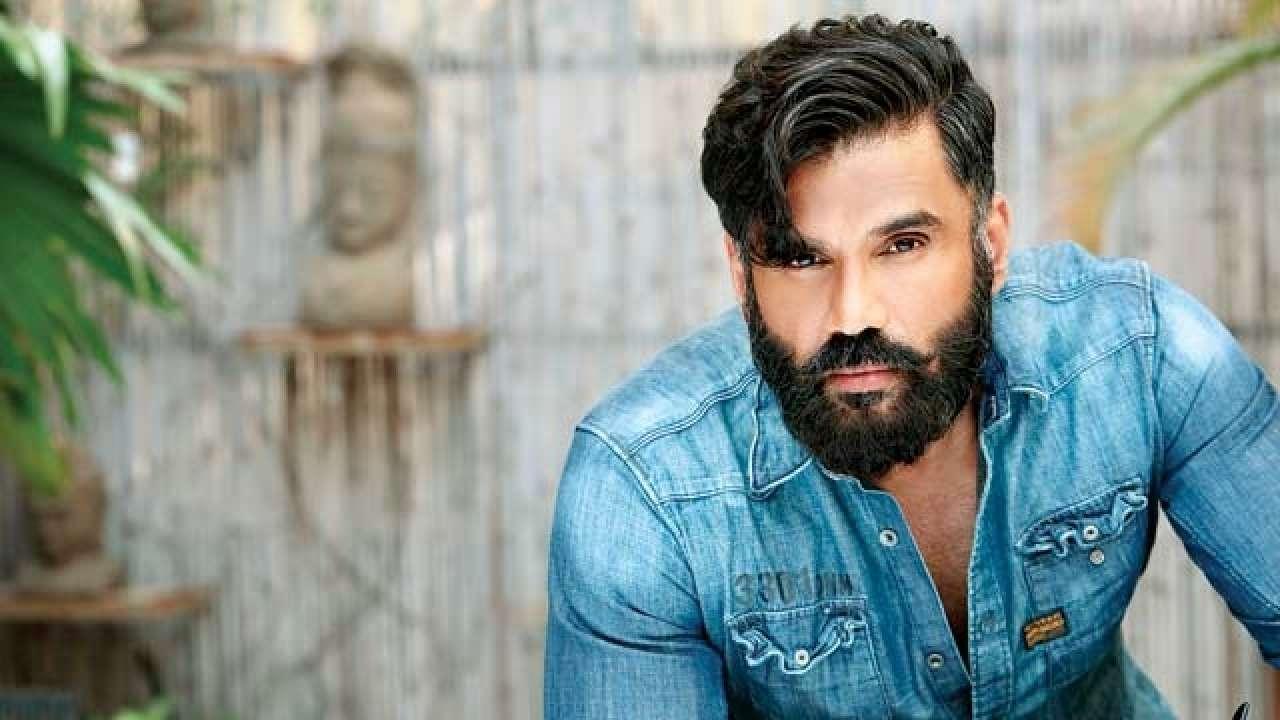 After Shah Rukh Khan's 'Main Hoon Na', Suniel Shetty to play a villain once again, this time in Rajinikanth's 'Darbar'