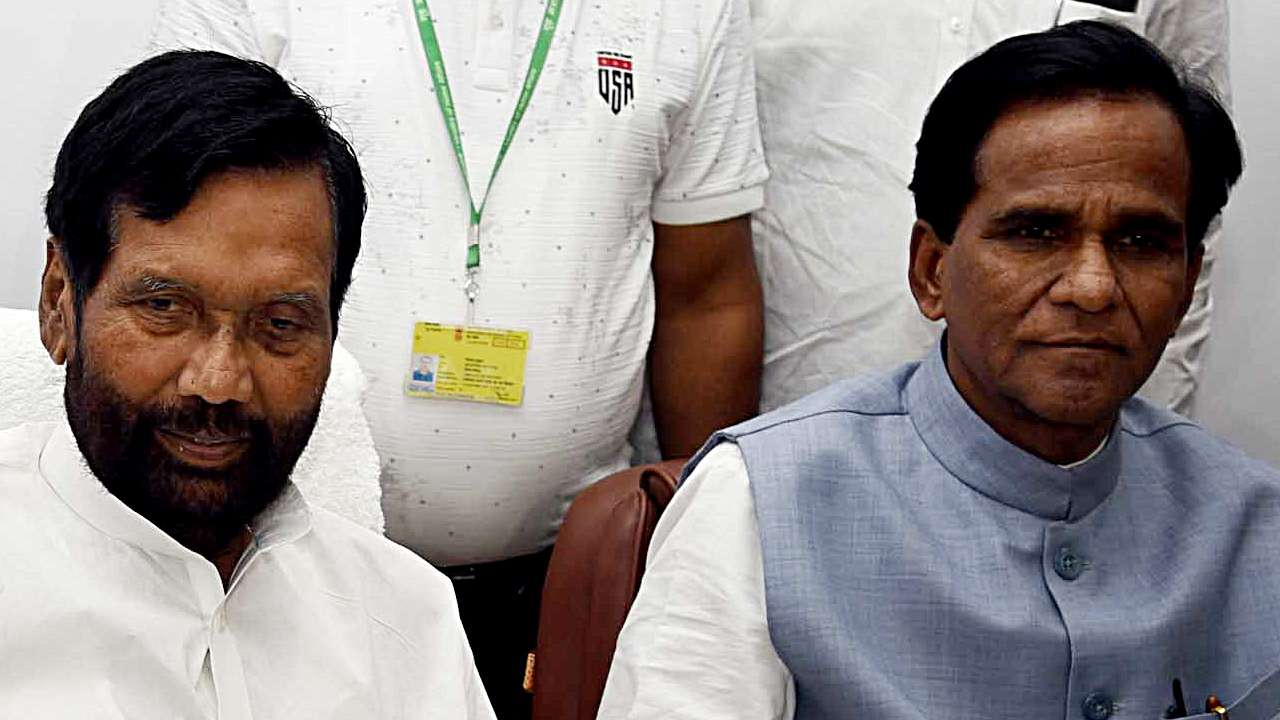 Paswan Takes Charge As Food Consumer Affairs Minister Says Ready With 100 Days Plan